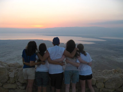 18 Things You Inevitably Do on Birthright Israel 10